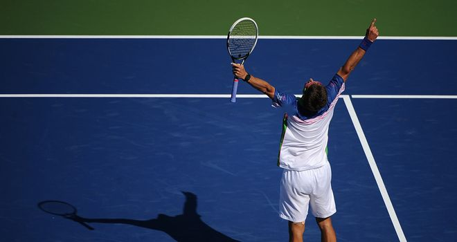 Tommy Robredo: Upset top seed Novak Djokovic in Cincinnati