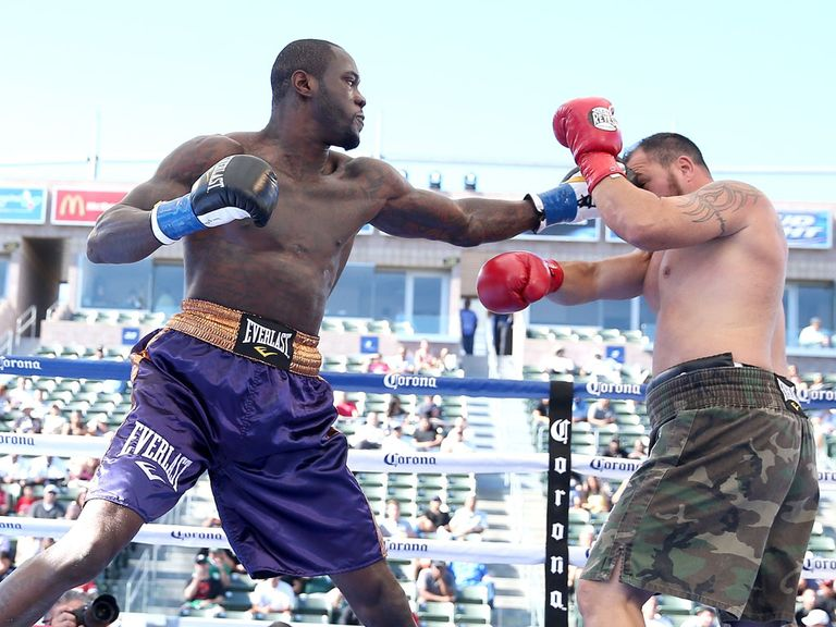 Deontay Wilder lands on Jason Gavern