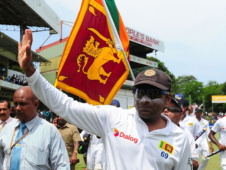 Mahela Jayawardene says his farewells in Colombo