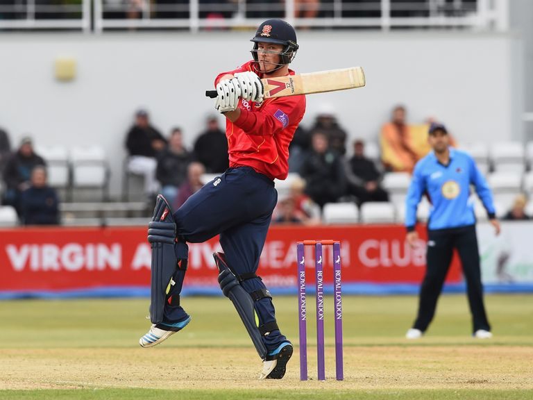 Tom Westley helps Essex to victory over Northants