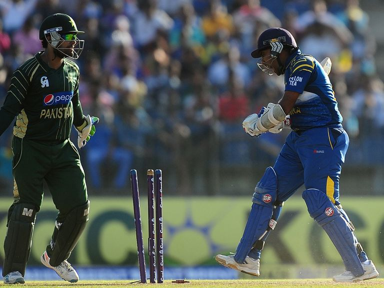 Sri Lankan batsman Mahela Jayawardene is dismissed for 67