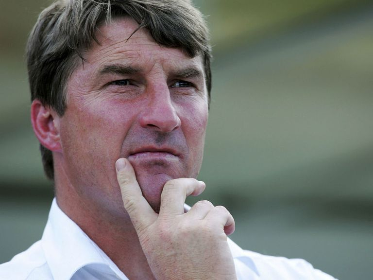 Tony Smith: Looking to close the gap on leaders St Helens