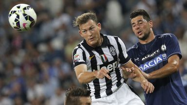 Stephan Lichtsteiner (C): Unfazed by transfer speculation