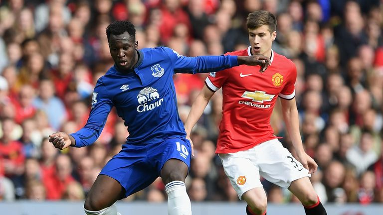 Romelu Lukaku holds off Paddy McNair