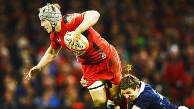 Jonathan Davies: Wales centre has a shoulder injury