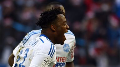 Michy Batshuayi celebrates his winner for Marseille