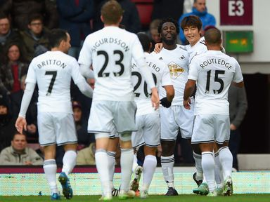 Both Nick Hext and Chris Hammer tip Swansea to beat Hull 2-1