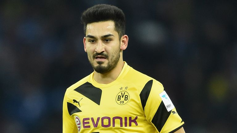 Ilkay Gundogan: Close to finalising move to Manchester United