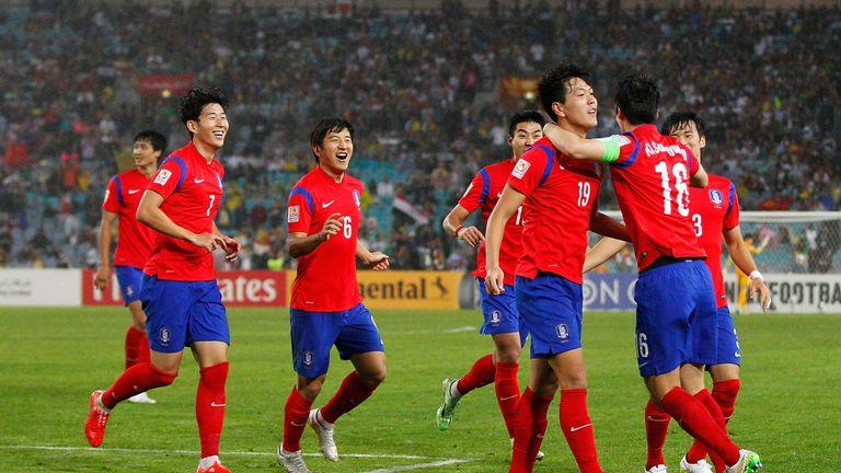 Kim Young Gwon celebrates his goal as Korea progress to Asia Cup final