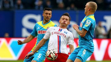 Ivica Olic and Kevin Vogt battle for the ball
