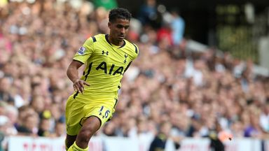 Kyle Naughton: Swansea move finalised