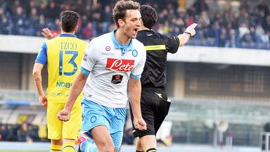 Manolo Gabbiadini celebrates as Napoli beat Chievo