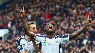 Saido Berahino celebrates his goal with Darren Fletcher.