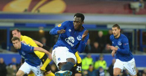 Romelu Lukaku scored from the penalty spot