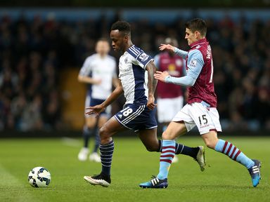 Saido Berahino moves away from Ashley Westwood