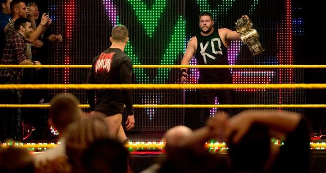 http://e2.365dm.com/15/03/660x350/Kevin-Owens-and-Finn-Balor_3278962.jpg?20150319105037