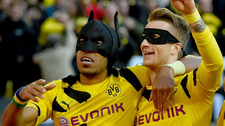 Pierre-Emerick Aubameyang (l): Linked with Arsenal move