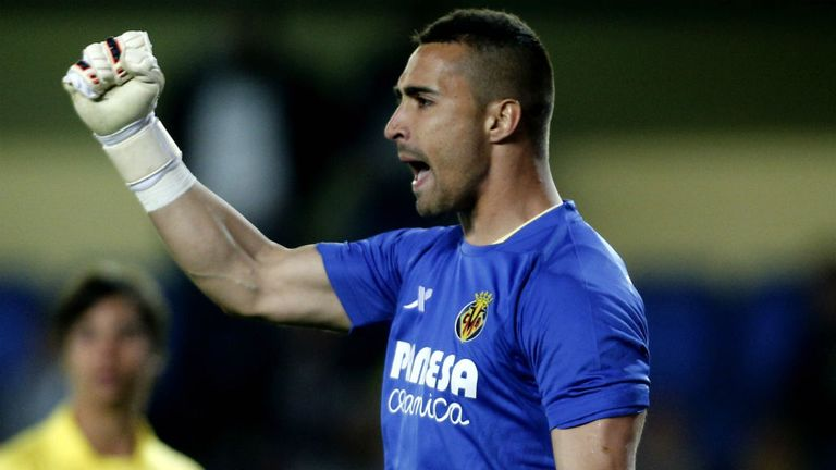Villarreal's goalkeeper Sergio Asenjo saved two penalties against Getafe