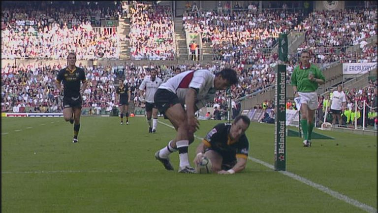 Rob Howley steals the 2004 final from the grasp of Toulouse