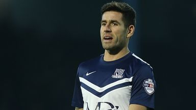 Michael Timlin: New deal for Southend midfielder