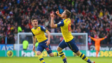 Aaron Ramsey celebrates scoring against Burnley at Turf Moor