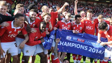 Bristol City's players celebrate winning League One in 2014/15