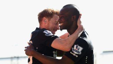 Dame N'Doye of Hull City celebrates scoring the opening goal against Crystal Palace