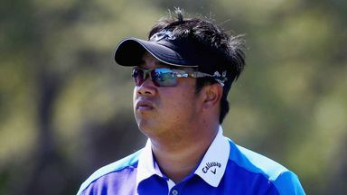 Kiradech Aphibarnrat: Leader by two in China