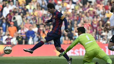 Lionel Messi scores his 400th goal for Barcelona