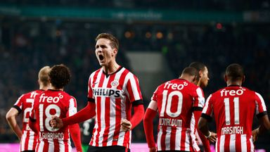 Luuk de Jong's second half strike rescued a point for PSV