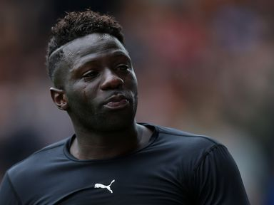 Bakary Sako: Needs to drop his wage demands