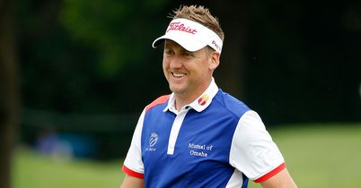 Poulter one off Colonial lead
