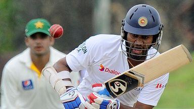 Dimuth Karunaratne: 50 for Sri Lanka opener in victorious run chase