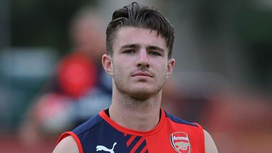 Dan Crowley: Loan move to Barnsley
