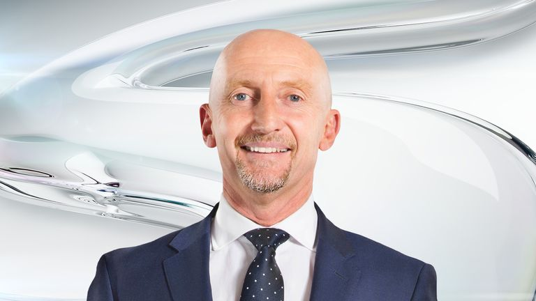 Middlesbrough will beat Brighton, says Ian Holloway, as he gives his predictions for the weekend fixtures from his battle bus.