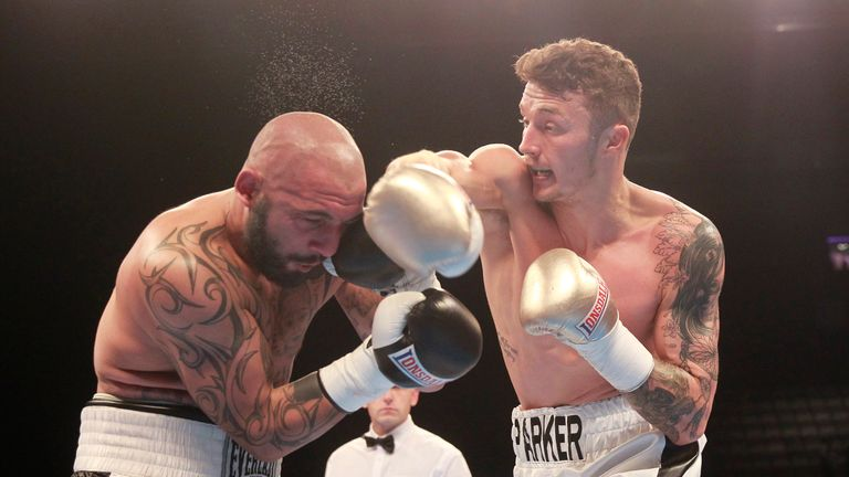 Zach Parker (R) signed with Sauerland Promotions last year
