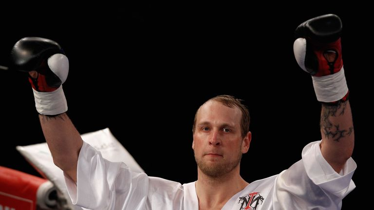 Robert Helenius is said to be considering vacating his title