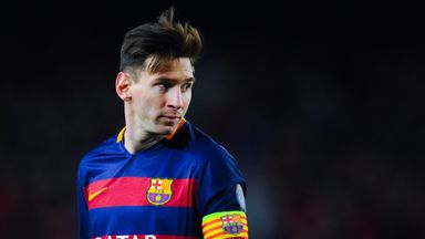 Lionel Messi is to undergo medical tests on his kidneys