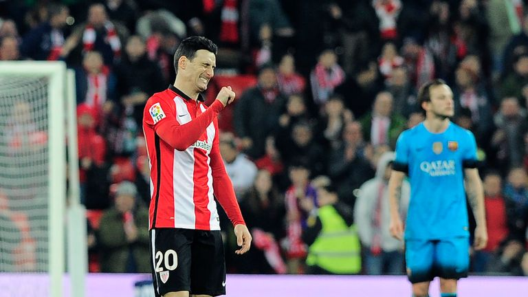 Aritz Aduriz [left] completed the scoring for Bilbao