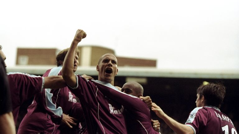 Rio Ferdinand played with Dowie at West Ham