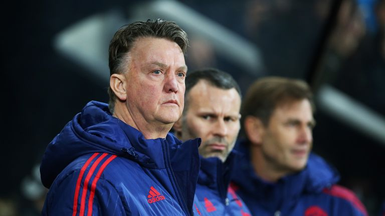 Van Gaal says he is always fighting and always has faith in himself