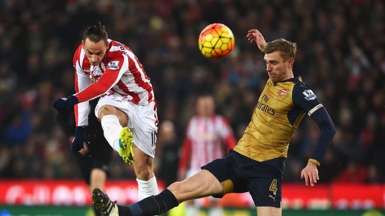 Arsenal kept a clean sheet away to Stoke City for the first time in the Premier League era