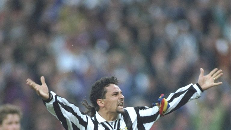 Roberto Baggio won back-to-back titles with Juventus and AC Milan