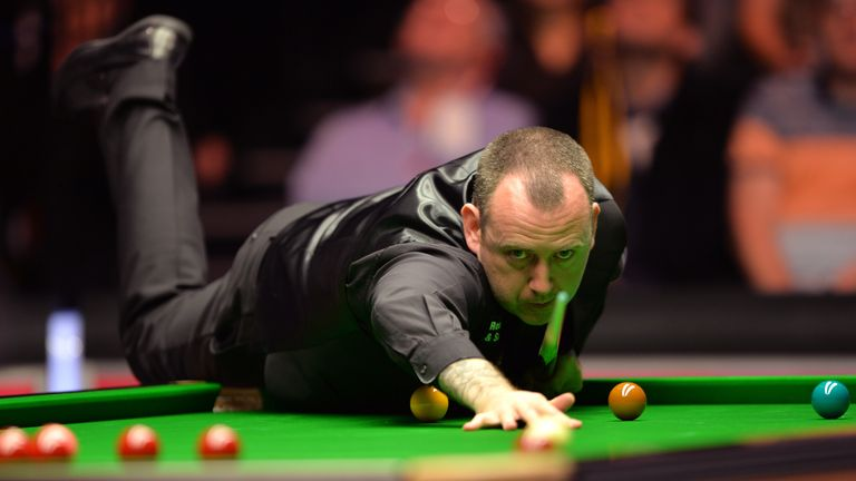 Price enjoys a bit of action on the green baize with his good friend Mark Williams