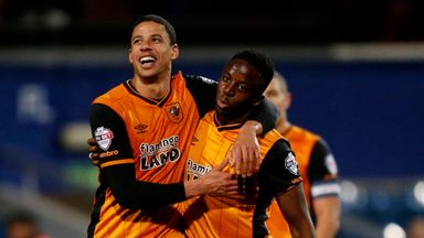 Curtis Davies has signed a new Hull contract