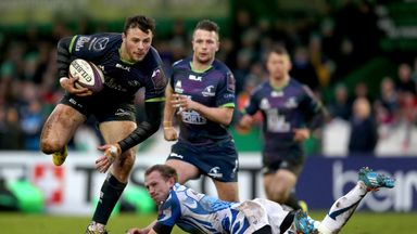 Robbie Henshaw scored a try on his Connacht return