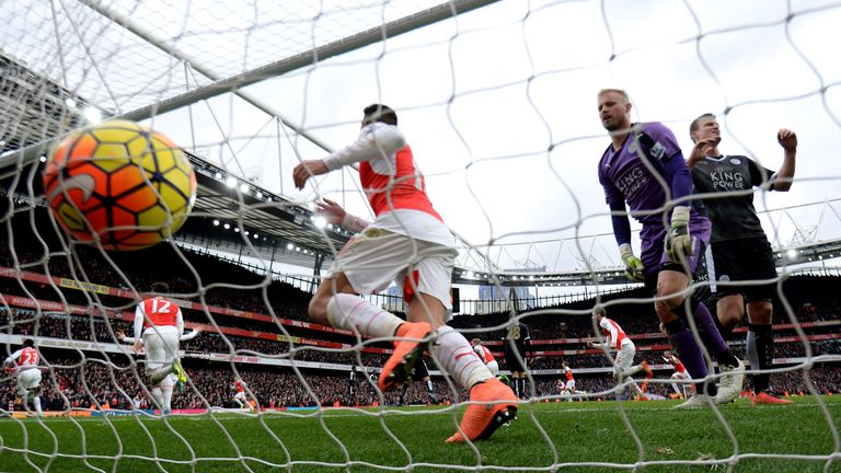 Danny Welbeck scored Arsenal's 100th stoppage-time goal on Sunday