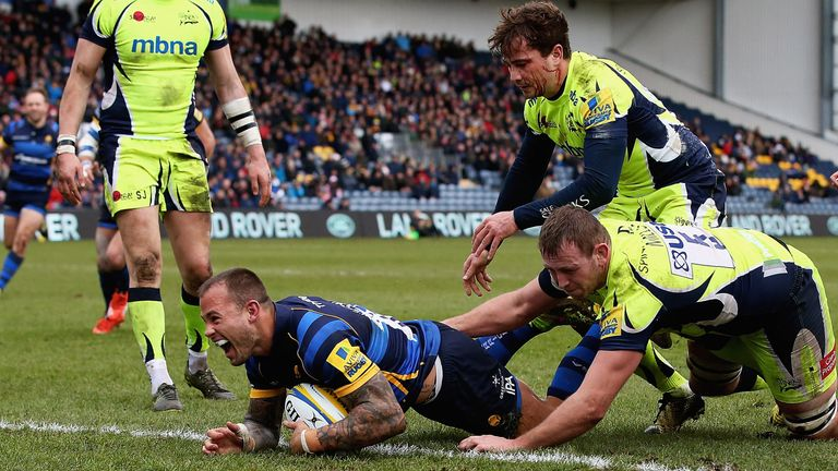 Francois Hougaard of Worcester Warriors celebrates scoring a try on debut