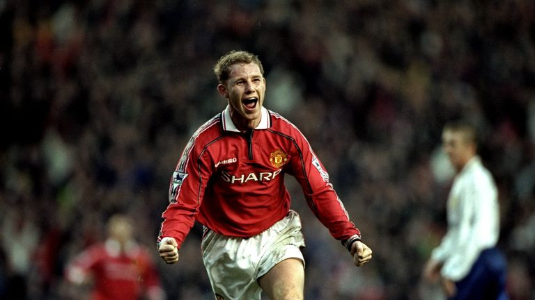 Butt celebrates the winner against Leeds at Old Trafford in 1998