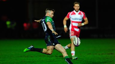 Connacht's Jack Carty has had his spleen removed following an accident in Dubai